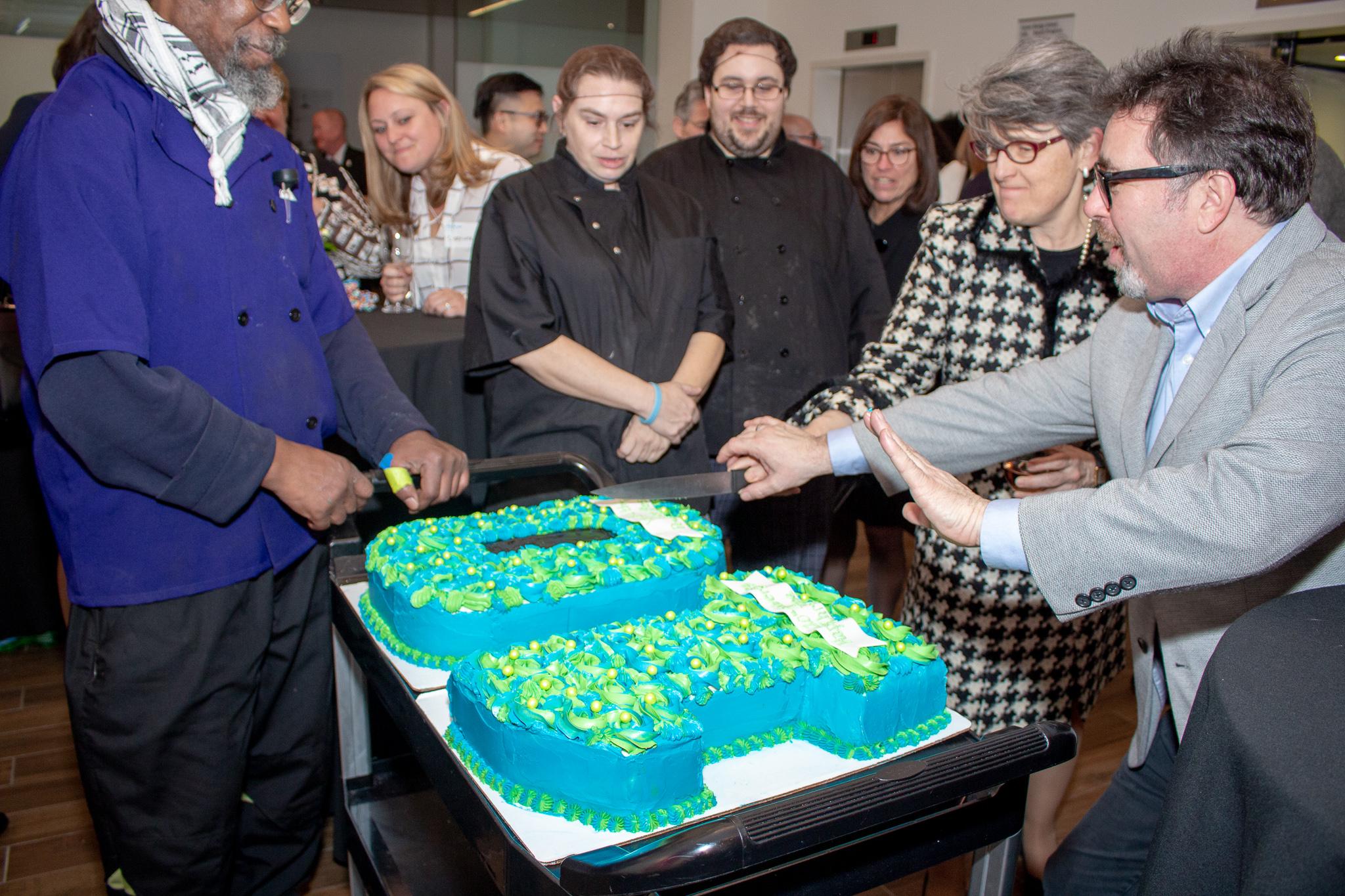 20 Chris McMahon Cake Will Edwards